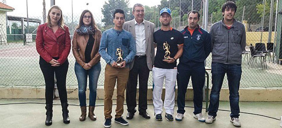 Premios de frontenis villa de Altura