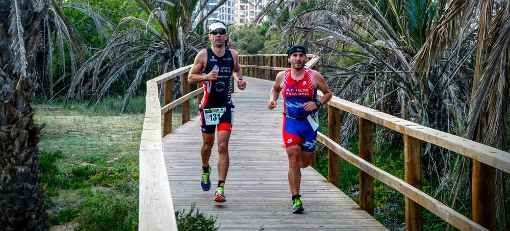 Los triatletas del Palancia superan sus retos