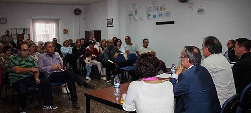 Peñalba reivindica un colegio