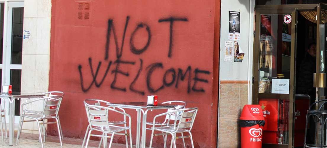 Pintadas nazis en un bar de chinos