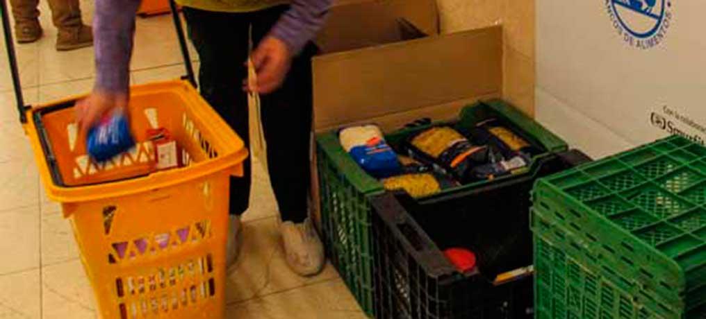 Recogida de alimentos para refugiados sirios