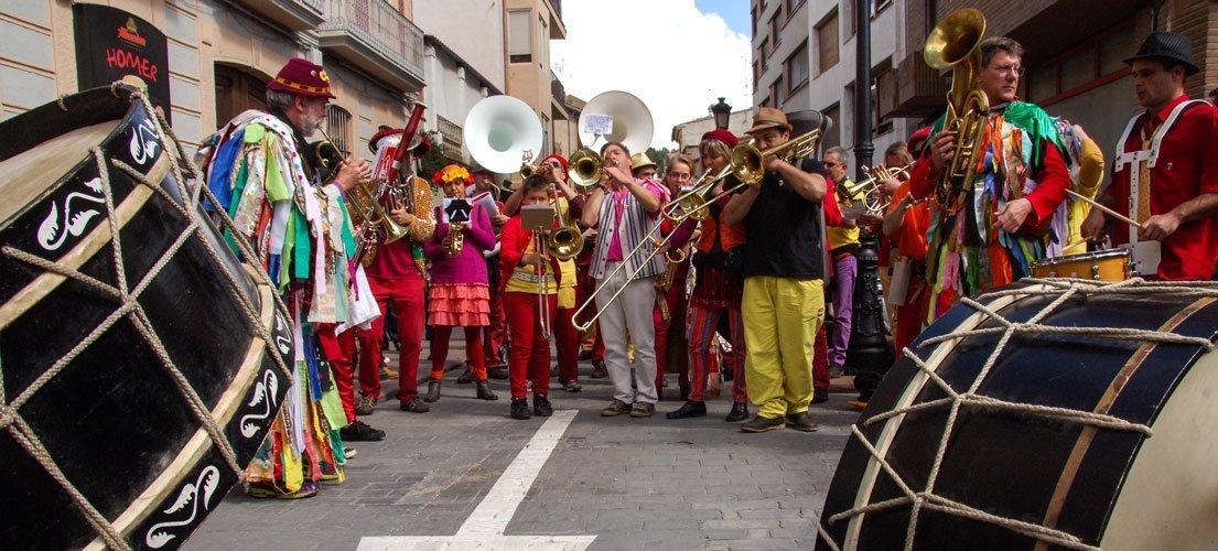Les fan far de Perpiñan y Millau tocan con La Tambórica