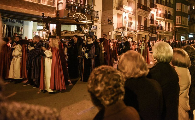 Desfile por la calle de Colón. Foto:J.Plasencia
