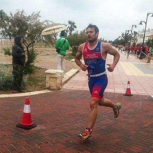 Éxitos triatletas en el Alto Palancia