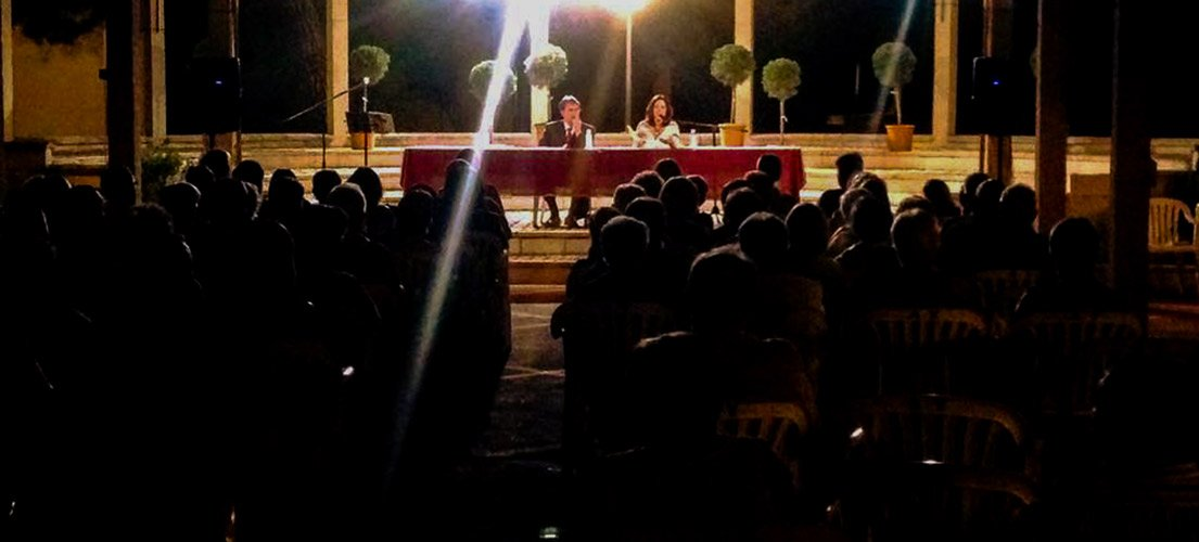 Encuentro de Poesía de tema amoroso en Navajas