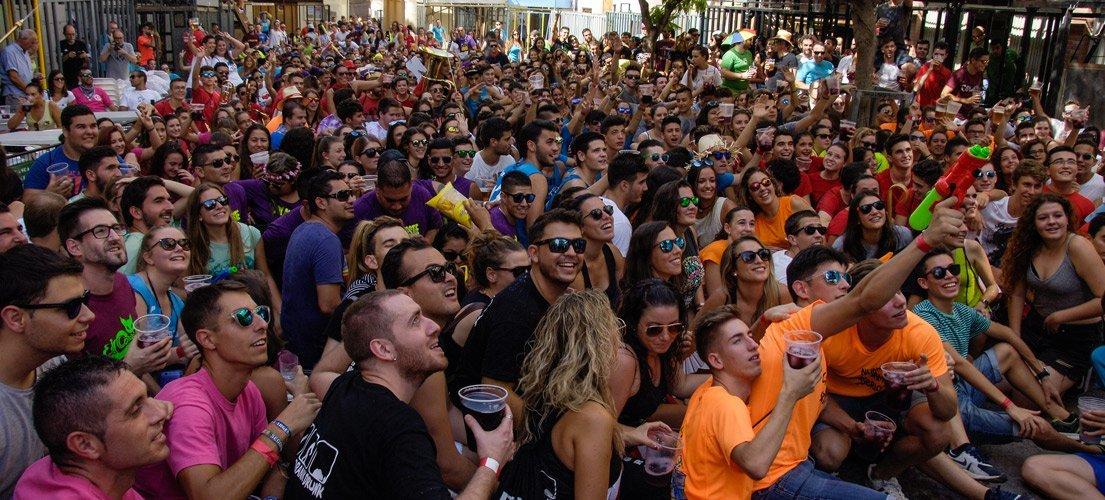 800 jóvenes participan en el Chupinazo