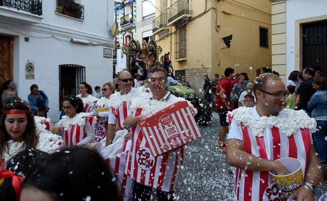 Castellnovo concluye las Fiestas del Rosario