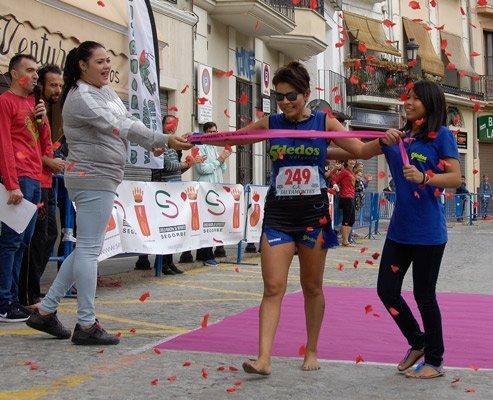 Manuel Raña y Sonia Farfan ganan la II Descalcista de Segorbe