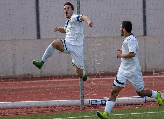 Celebrando el gol. Fotos:J.Plasencia