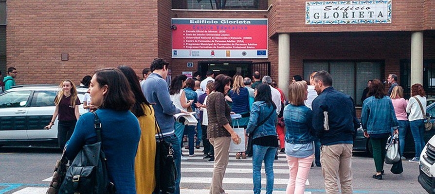 Hoy comienzan los exámenes de valenciano de la JQCV