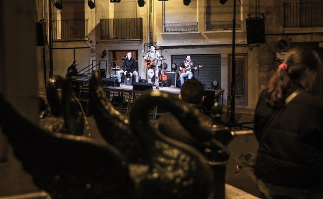 Poco público en el concierto tributo a Los Rodríguez