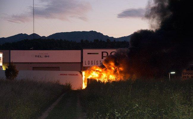 Las llamas devoraron la cabina. Foto:A. Querol.
