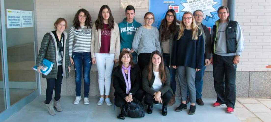 Becados dos escolares belgas en el IES Alto Palancia