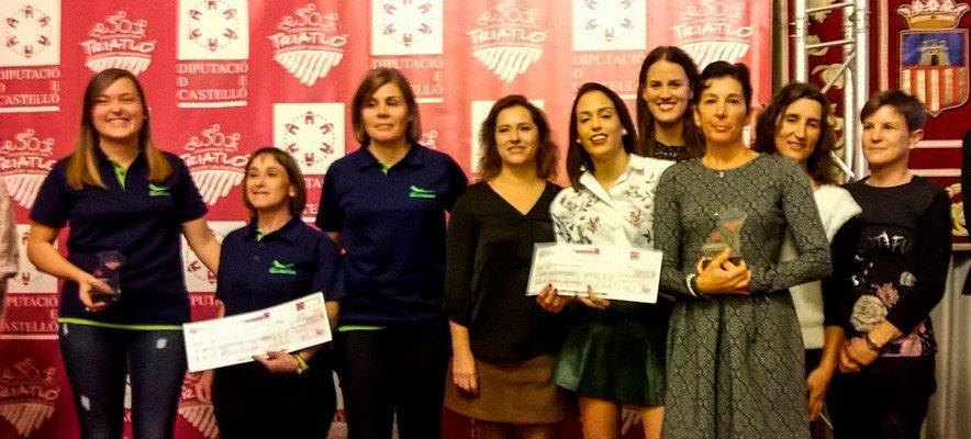 Podio de plata femenino en el Circuito de Triatlones de Castellón