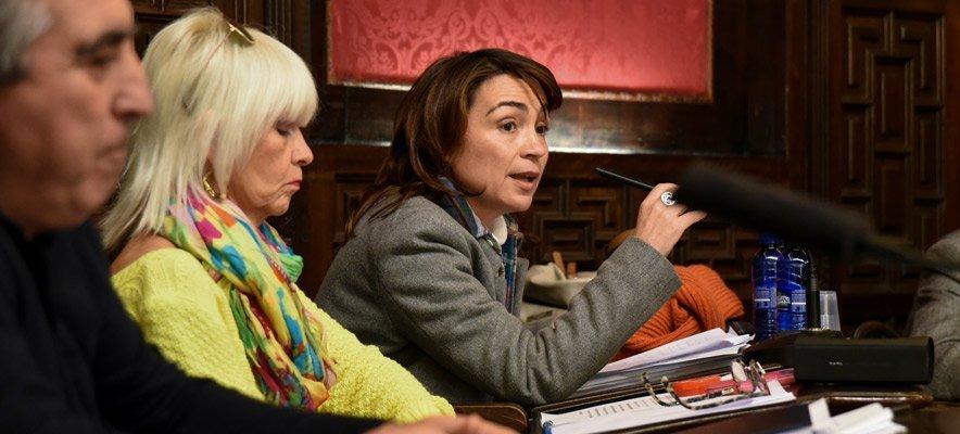 La destitución de Mercedes Pérez es tratada en el pleno