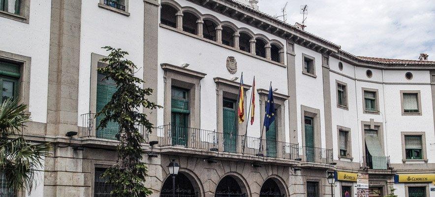 El Ayuntamiento de Viver cierra por un caso de covid entre el personal municipal