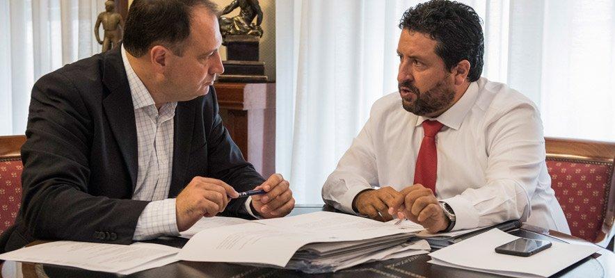 Diputación invierte en la provincia cinco veces más que la Generalitat