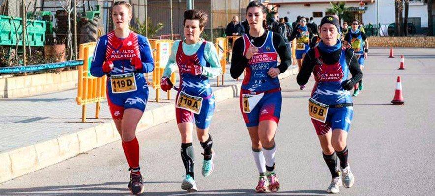 Los triatletas abren la temporada 2017