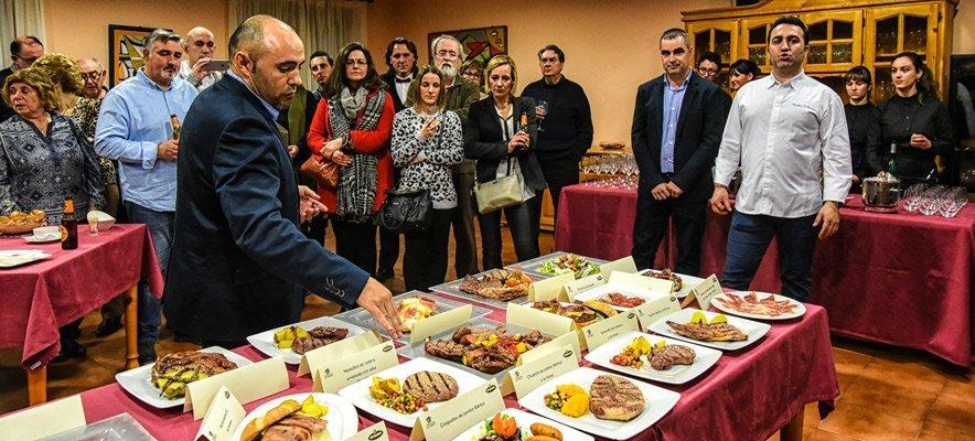 El Restaurante Altomira sirve carnes Abrasador