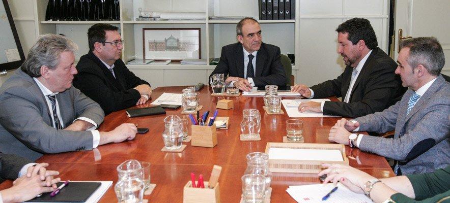 Diputación y Fomento coordinan la llegada del AVE a Castellón