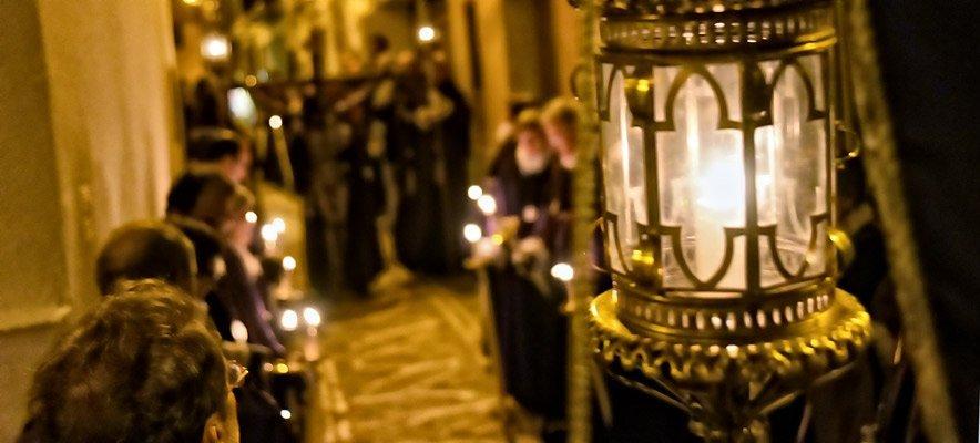 La Santísima Trinidad organiza la Procesión del Silencio
