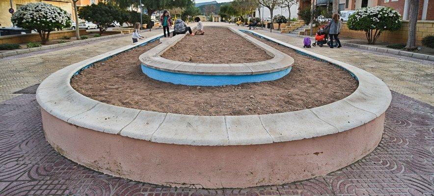 Gil inutiliza la fuente del parque de La Constitución