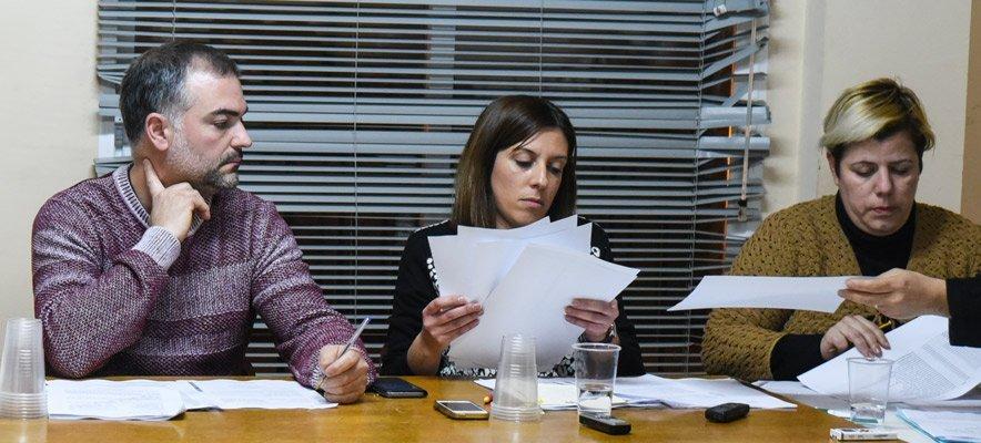 Navajas controla su deuda con la contención del gasto