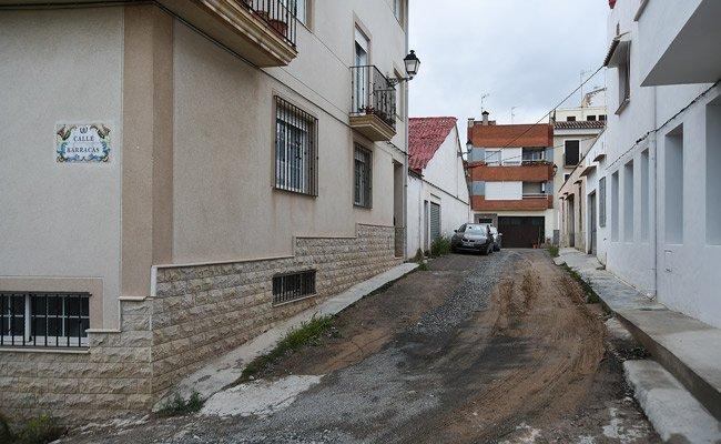 Asfaltan dos calles del barrio de San Blas