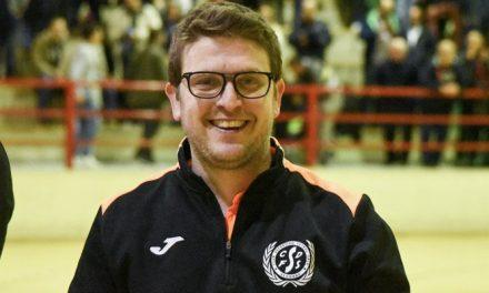 Gallego seguirá entrenando al Viveros Mas de Valero