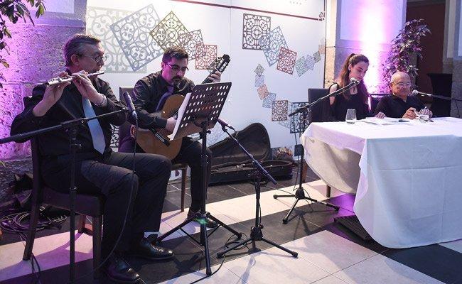 Recital poético musical en el Hotel Martín El Humano