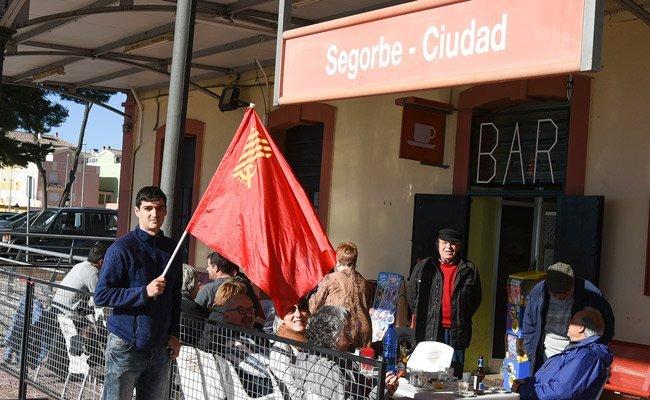 Un convoy reivindica la línea Valencia-Zaragoza por Teruel