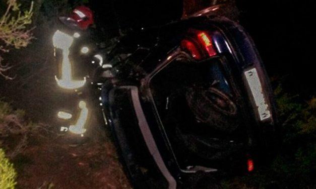 Rescatan a un hombre en un accidente en Chóvar