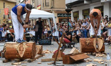 La exhibición de deportes vascos llenó la plaza en Segorbe