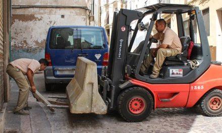 Colocan bloques de hormigón para las fiestas de Segorbe