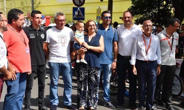 Homenaje a Victor Cabedo en la Vuelta Ciclista a España