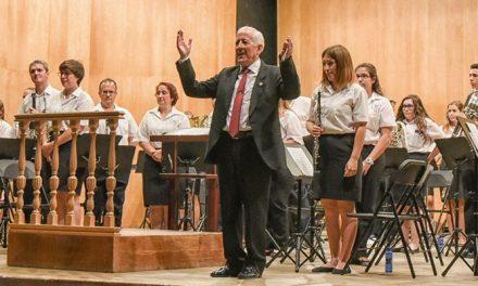 Juan Laffarga se despide de la banda de música de Viver