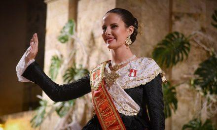 Ángela Mínguez es proclamada Reina de las Fiestas de Segorbe