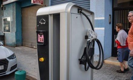 Segorbe coloca dos estaciones de carga para coches eléctricos
