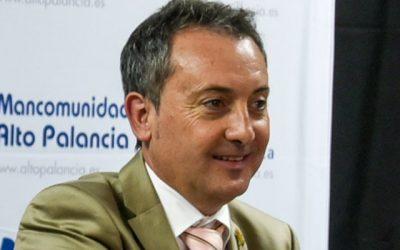 Los socialistas dicen que la moción del PP  ataba a Ramón Martínez de pies y manos