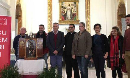 Vicent Sales entrega al párroco de Sot de Ferrer la capilla restaurada