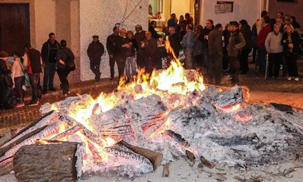 La Asociación de San Antón regala 400 bocadillos en Segorbe