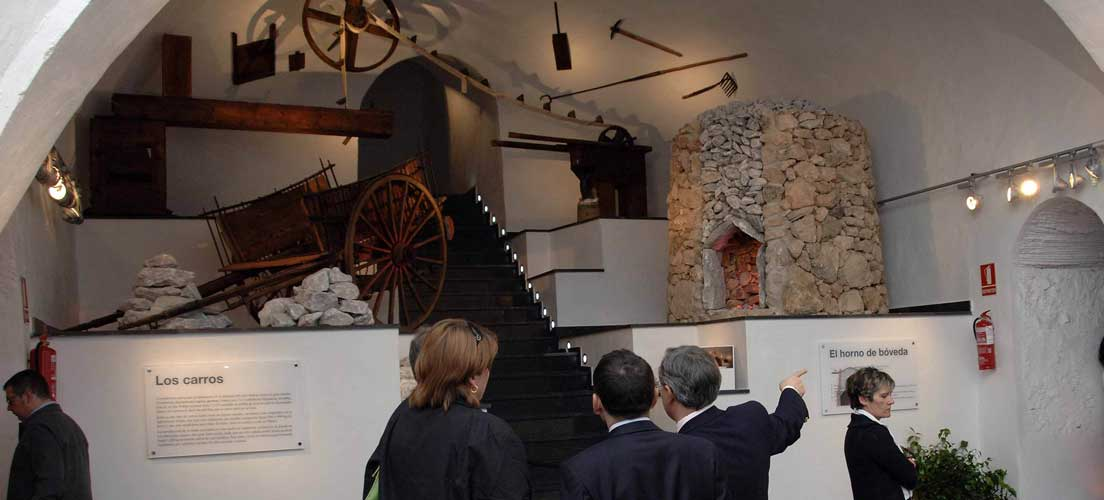 Soneja crea una Tourist info junto al Museo del yeso
