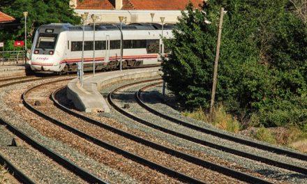Adif hace mejoras en la línea férrea Zaragoza-Valencia