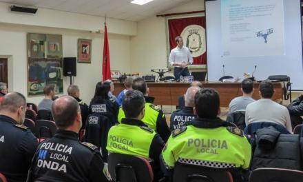 Policías de 13 municipios aprenden en Segorbe el uso de drones