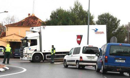 500 camiones atrapados por el temporal en Altura y Segorbe