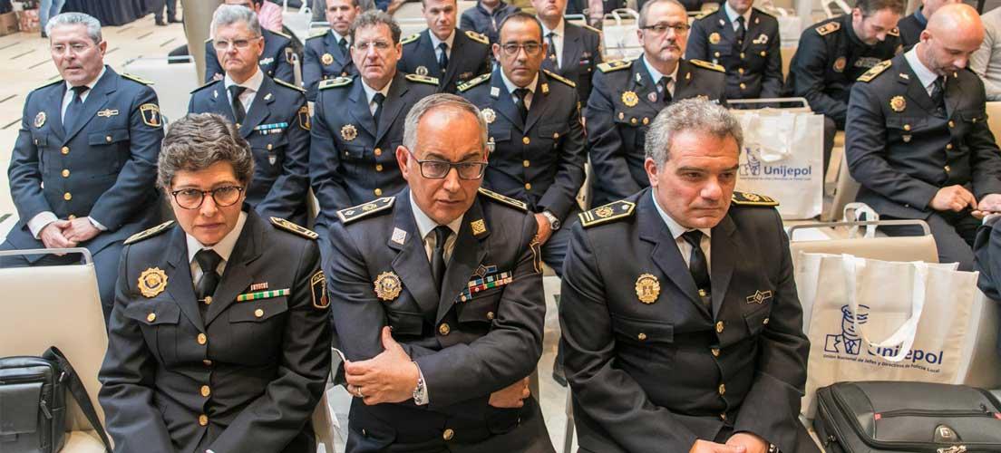 UNIJEPOL otorga dos premios al inspector de la Policía de Segorbe