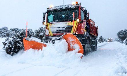 150 efectivos para luchar contra la nieve