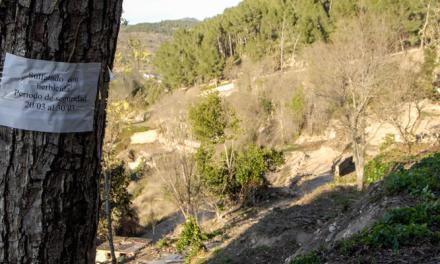 La fumigación y retirada de uralitas en el Argén molesta a los vecinos