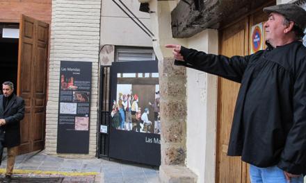 """© Segorbe coloca dos paneles de """"Mandas"""" en la plaza del Almudín"""