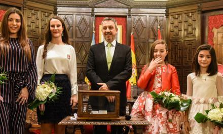 © Raquel Gómez y María Carot elegidas Reinas entre 5 candidatas